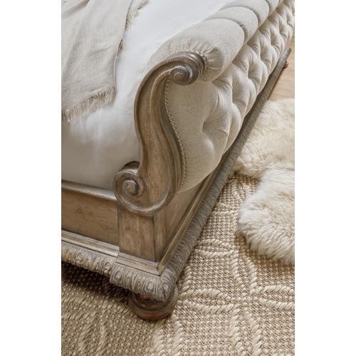 Hooker Furniture - Castella King Tufted Bed