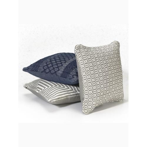 "Fab Habitat - Lancut Indoor Outdoor Decorative Pillow - Grey (20"" x 20"")"