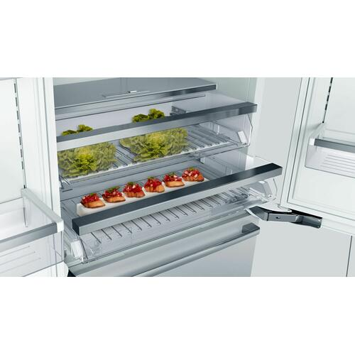 Benchmark® Built-in Bottom Freezer Refrigerator 36'' B36BT935NS