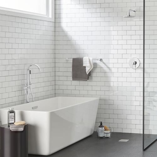 Studio S 24-inch Towel Bar  American Standard - Polished Chrome