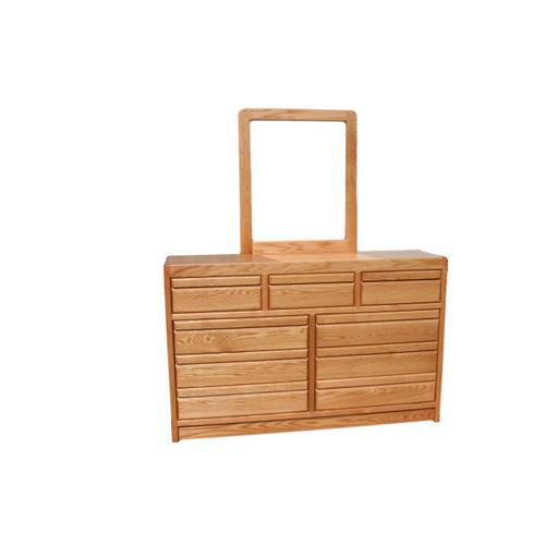O-C324 Modern Oak 9-Drawer Dresser