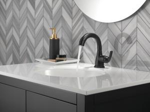Matte Black Single Handle Centerset Pull-Down Bathroom Faucet Product Image