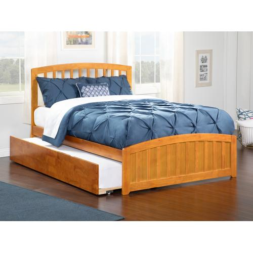 Richmond Full Bed with Matching Foot Board with Urban Trundle Bed in Caramel Latte
