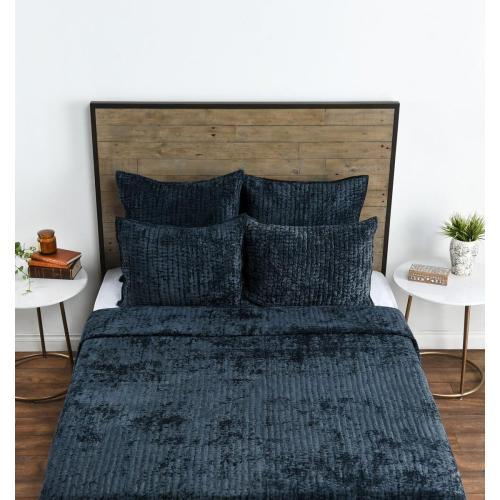 Bari Velvet Ocean Blue 4Pc King Quilt Set