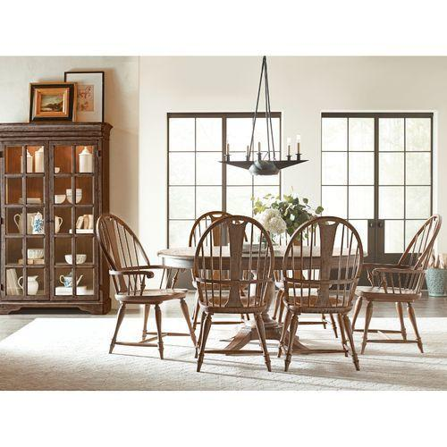 Gallery - Weatherford Milford Round Heather Dining Table