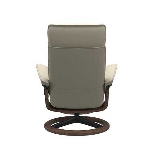 Stressless By Ekornes - Stressless® Admiral (L) Signature chair with footstool