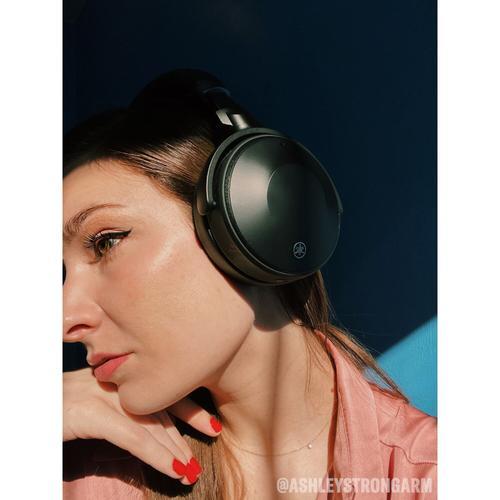 Yamaha - YH-E700A Black Wireless Noise-Cancelling Headphones