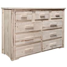 Homestead Collection 9 Drawer Dresser