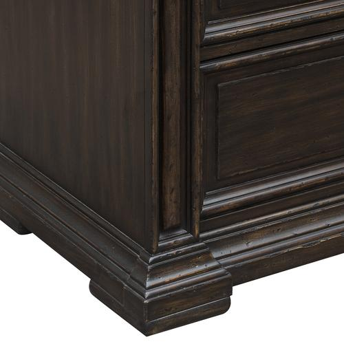 Canyon Creek Chest in Brown