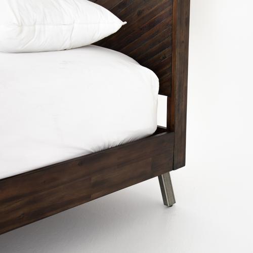 Queen Size Harrington Bed