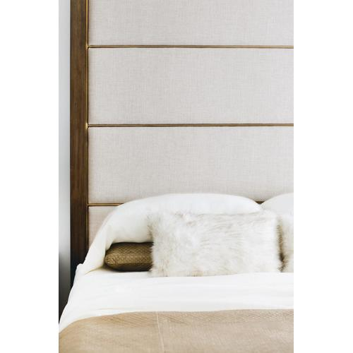 King Profile Poster Bed in Warm Taupe (378)