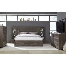 Facets Wall Panel Bed w/ Storage Footboard, CA King 6/0