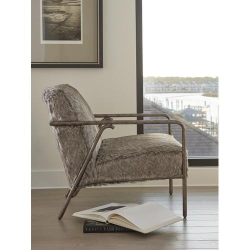 Griffen Chair