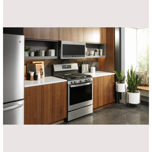 "GE Profile™ Smart 30"" Free-Standing Self Clean Gas Fingerprint Resistant Range with No Preheat Air Fry"