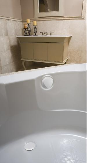 "TurnControl Bath Waste and Overflow A dazzling turn Molded plastic - White Material - Finish 17"" - 24"" Tub Depth* 27"" Cable Length Product Image"