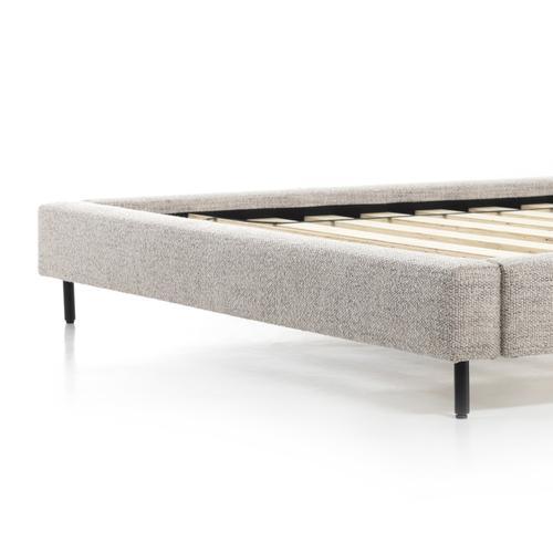 Four Hands - Queen Size Inwood Bed
