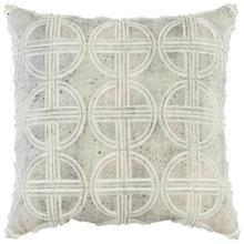 "Luxe Pillows Circular Fretwork (22"" x 22"")"
