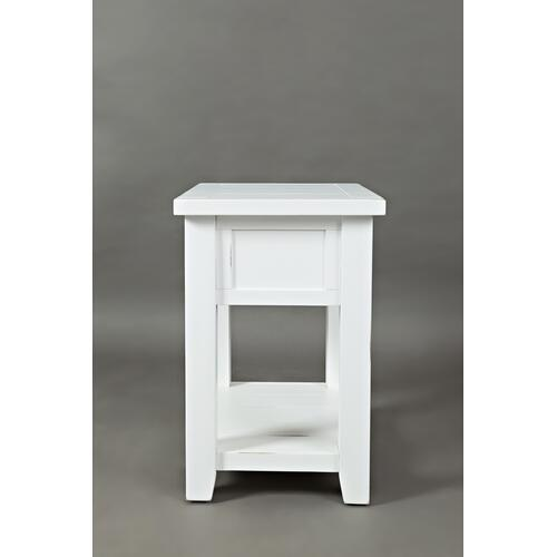 Artisan's Craft Chairside Table