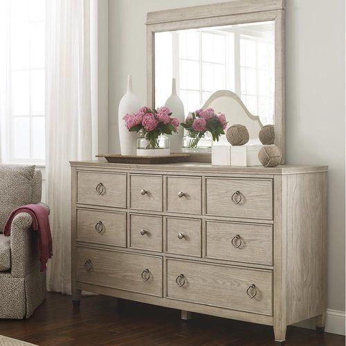 Vista Fremont Dresser