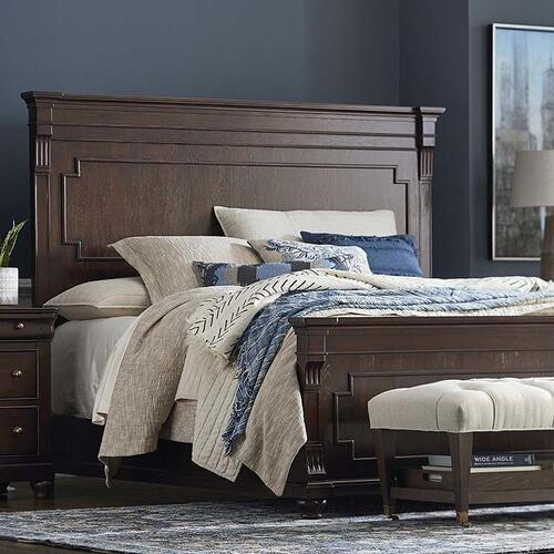 Queen/Provence Brandy Provence Panel Bed