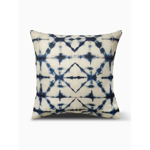 "Fab Habitat - Shibori Double Sided Indoor Outdoor Decorative Pillow - Indigo (20"" x 20"")"