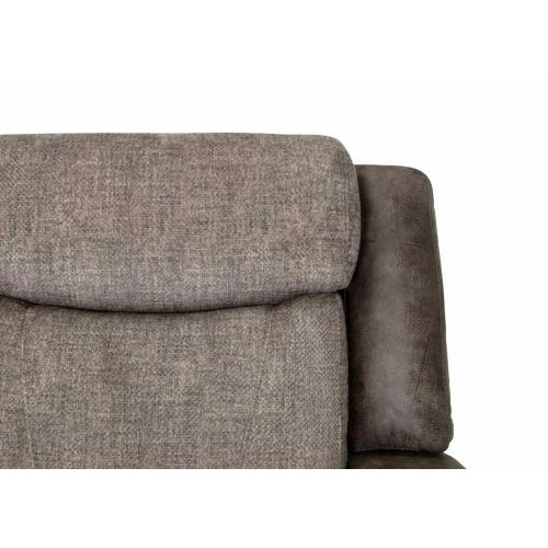 Franklin Furniture - 628 Carver Two-Tone Collection