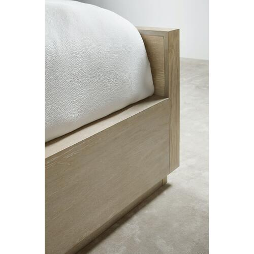 Bedroom Cascade California King Panel Bed