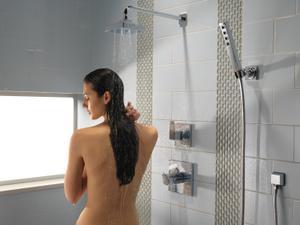 Chrome Surface Mount Body Spray Product Image