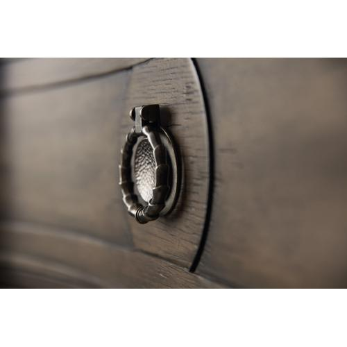 Hooker Furniture - Woodlands Six-Drawer Chest
