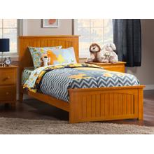 Nantucket Twin XL Bed with Matching Foot Board in Caramel Latte
