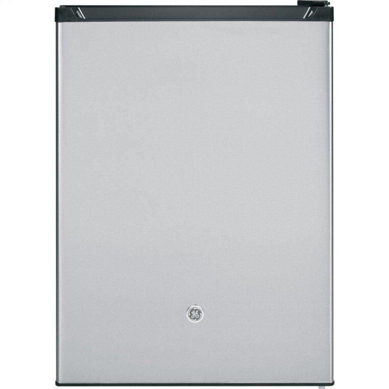 5.6 Cu. Ft. 12 Volt DC Power Compact Refrigerator