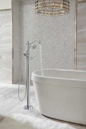 White Freestanding Tub with Integrated Waste and Overflow Product Image