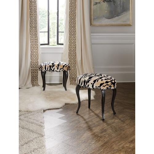 Living Room Sanctuary Tigre Ottoman
