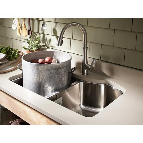 "32"" X 20-1/4"" X 9-5/16"" Undermount Double-equal Kitchen Sink"