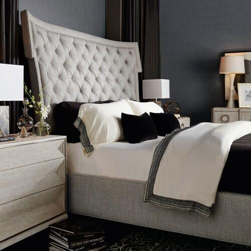 Product Image - Queen-Sized Domaine Blanc Upholstered Bed in Dove White (374)