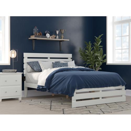 Oxford Full Bed with Footboard and USB Turbo Charger in White