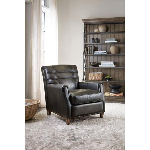 Living Room Woodlands Merrick Stationary Chair