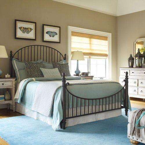 Weatherford Heather Catlins Queen Metal Bed - Complete