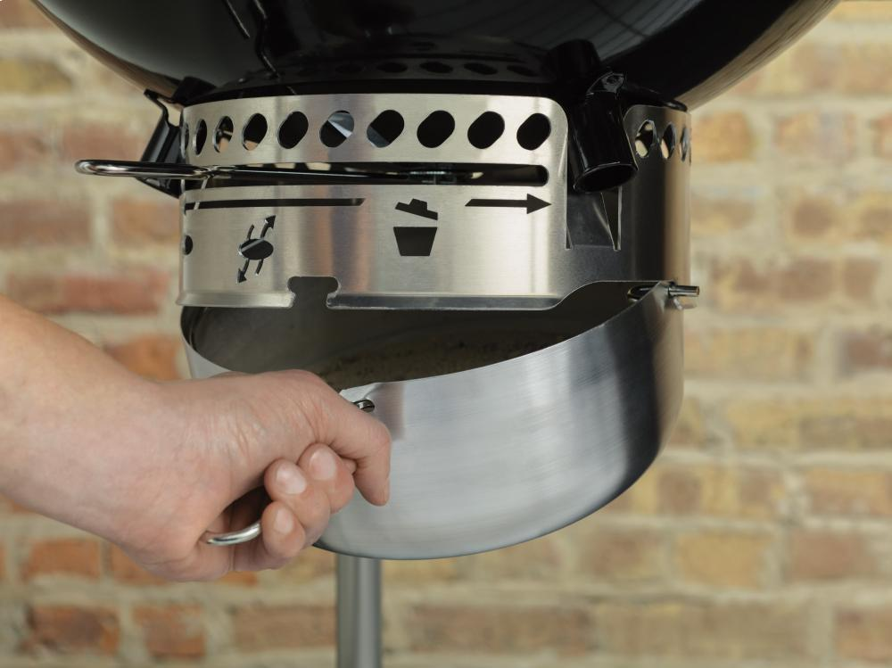 PERFORMER® CHARCOAL GRILL - 22 INCH BLACK Photo #3