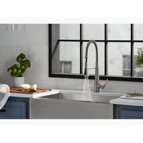 Polished Chrome Single-handle Semi-professional Kitchen Sink Faucet