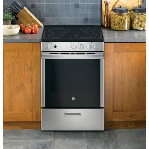 """Product Image - GE® 24"""" Free-Standing/Slide-in Front Control Range with Steam Clean and Large Window"""