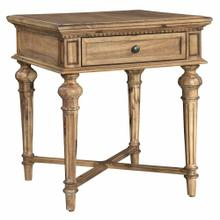 2-3304 Wellington Hall End Table
