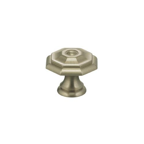 Classic Cabinet Knob in US15 (Satin Nickel Plated, Lacquered)