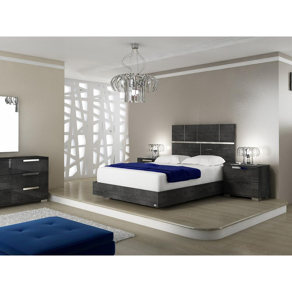 The Milo Queen Gray Birch Lacquer Beds