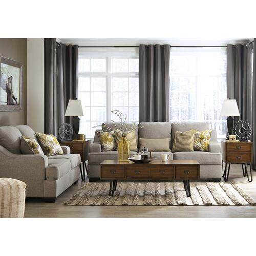 Mandee Sofa