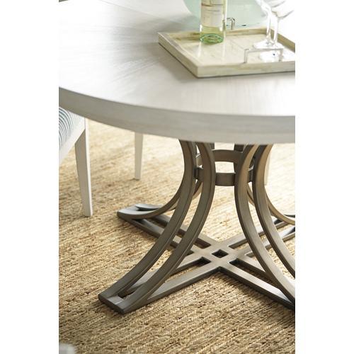 Savannah Round Dining Table