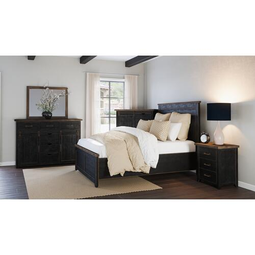 Madison County 5pc Queen Panel Bedroom: Bed, Dresser, Mirror, Nightstand, Chest