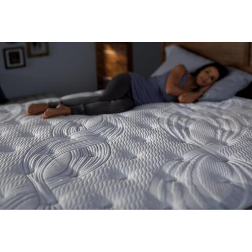Perfect Sleeper - Elite - Haddonfield - Super Pillow Top - Plush - Queen