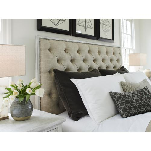 Sag Harbor Tufted Upholstered Bed Queen