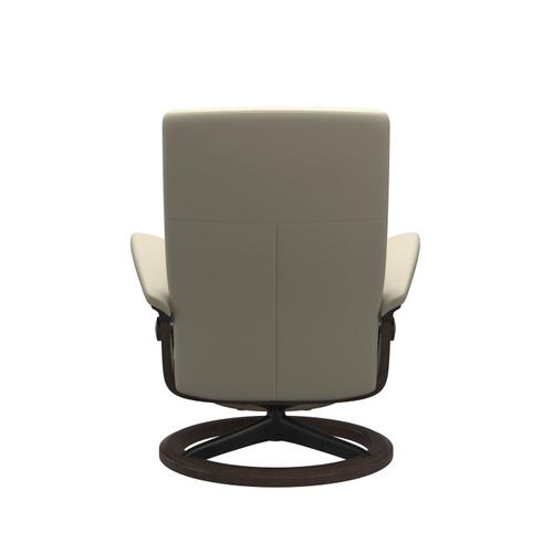 Stressless By Ekornes - Stressless® Dover (S) Signature chair with footstool